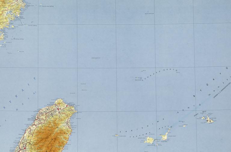 東シナ海・尖閣諸島に対する中国の海上行動と日本の安全保障態勢の課題