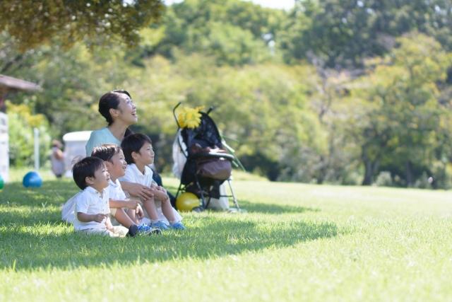 親と子の「心の問題」と向き合うために  ―「感情をコントロールできる力」について考える―