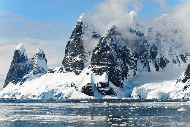 物質循環と気候変動による人間社会への影響 ―環境・資源と将来の地球―