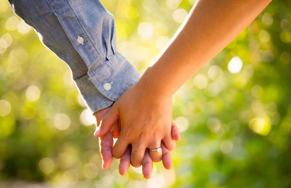 憲法・民法から見た同性婚合法化の是非 ―婚姻制度の立法趣旨と子供の福祉の視点から―